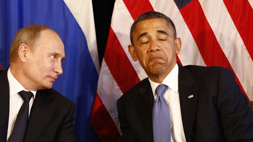 Image: File photo of U.S. President Obama meeting with Russian President Putin in Los Cabos